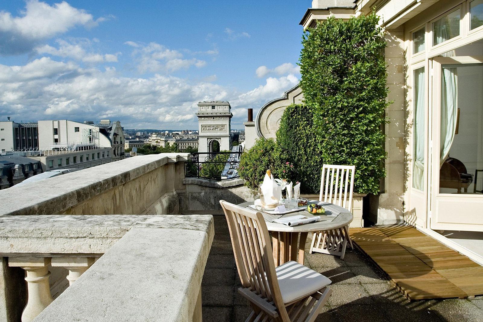 Les plus beaux h tels avec vue sur paris blog d 39 h tel - Restaurant terrasse ou jardin paris limoges ...