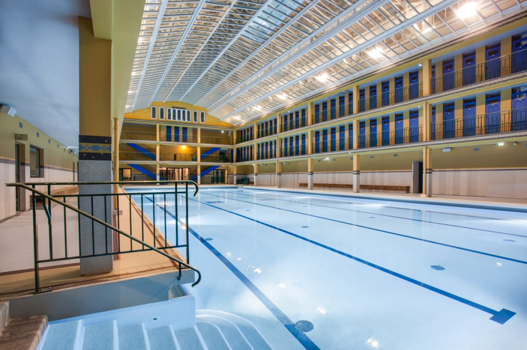 Les plus belles piscines d h tels paris blog d 39 h tel for Belle piscine paris