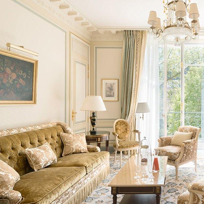 ritz-paris-hotel-suite-deluxe (1)
