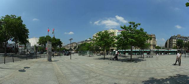 640px-Paris_-_Porte_de_Versailles