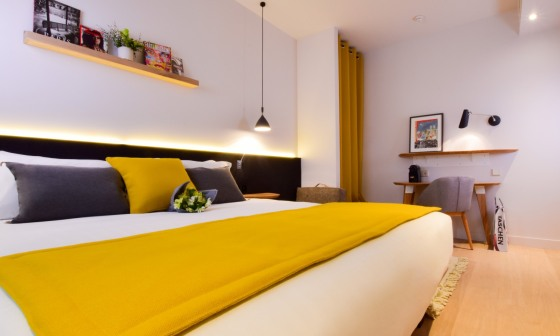 hotel-victoire-et-germain-chambre-deluxe-size-449468-1500-900