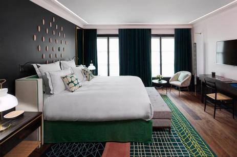 le-roch-hotel-spa-chambre-prestige-53768-1600-900-auto