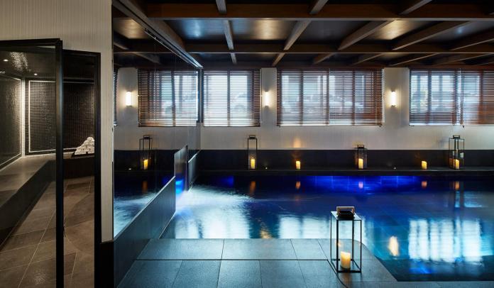 le-roch-hotel-spa-piscine-spa-53022-1600-900-auto